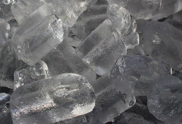 Cicatrice d'acné traitement naturel la glace