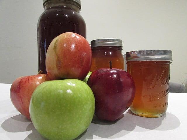 Ingrédients du masque visage acné au miel et pomme