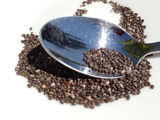 Aliments brûle-graisse : graines de chia