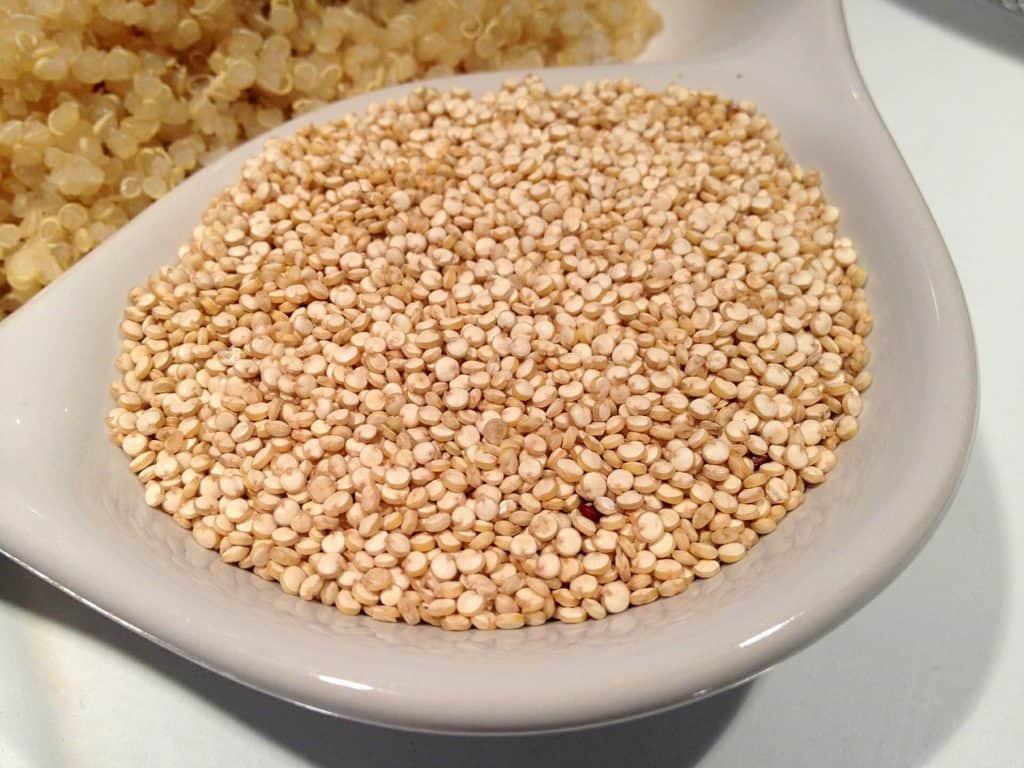 Aliments brûle-graisse : Les graines de quinoa