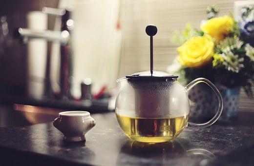 acné du nourrisson traitement naturel: thé de pissenlit