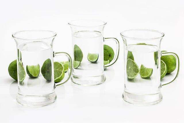 Comment boire de l'eau citronnée et le jus de citron pour maigrir?