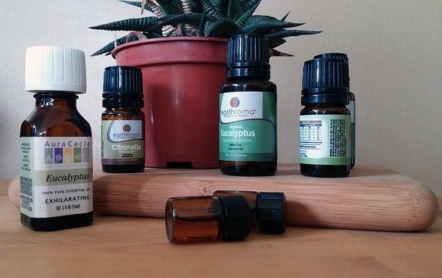 Les huiles essentielles efficaces contre lesmaux de tête