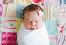 Photo de Emmaillotage bébé : Comment emmailloter un bébé comme un pro ?