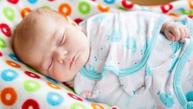 Photo of Les bienfaits de l'emmaillotage: 6 avantages pour la santé de votre bébé !