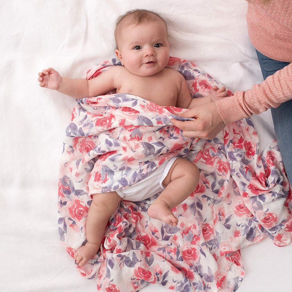 Comment calmer un bébé souffrant de réflexe de Moro ?